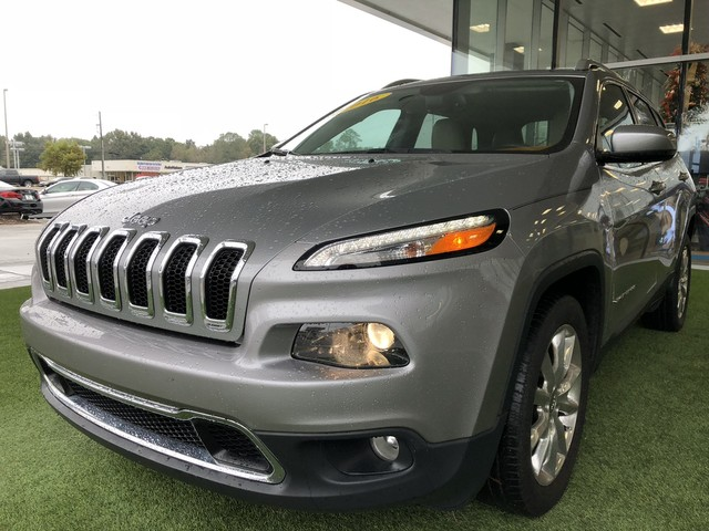 Pre Owned 2016 Jeep Cherokee
